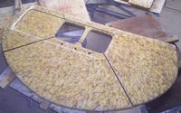 Table en lave émaillée pour cuisine produit à Salernes en Provence, fait à la main.